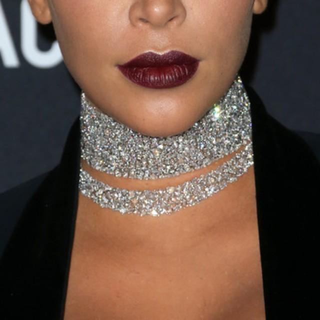 Diamond-Choker-Lorraine-Schwartz-Necklaces_L1V5RGZuZmg0U1FjWG5UNDlSTFE4S2hRR2dacz0vMTYzeDMzOTo1Mzl4NzE1LzY0MHgwL2ZpbHRlcnM6d2F0ZXJtYXJrKDIwY2U5ODc5LTYxOTctNDI4Ni1iYmY4LTE3MTg1M2JkM2RlZSwzOTAsNzgyLDEwKS8xMj