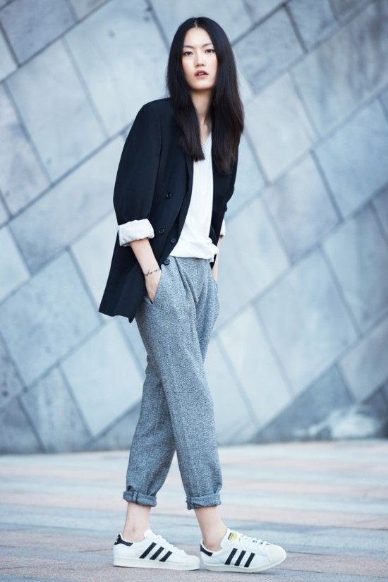 Street_Style-sporty_pants-sporty_trousers-sport_deluxe-sporty_chic-trousers-jooging_pants-front_row_blog-fashion-trends-tendencias-moda